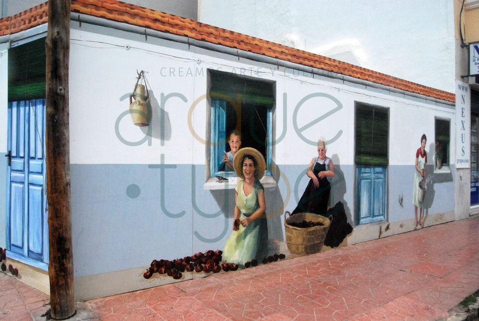 Abrir ñoras en la era, coser las ristras y rociar agua, son actividades que todavía se pueden ver en algunas  calles de Guardamar